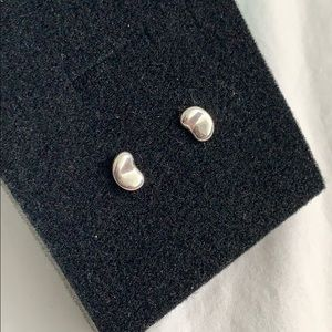 T&Co Peretti Bean Earrings